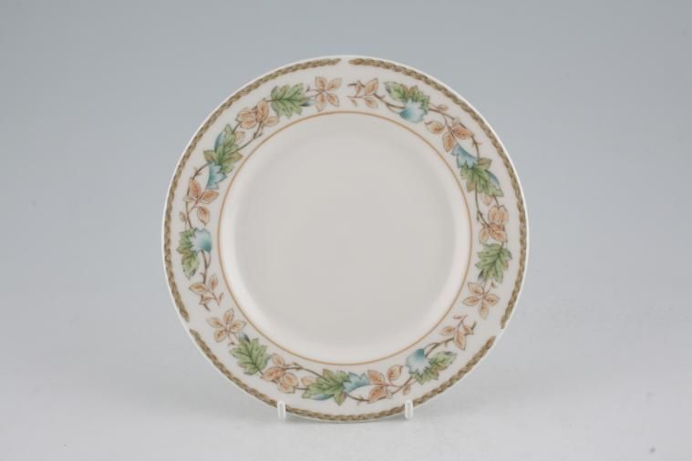 Royal Doulton - Harbury - T.C.1187 - Tea / Side / Bread & Butter Plate