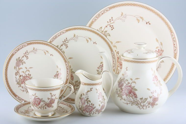 Royal Doulton - Lisette - H5082 & Royal Doulton Lisette - H5082 | 20 lines in stock
